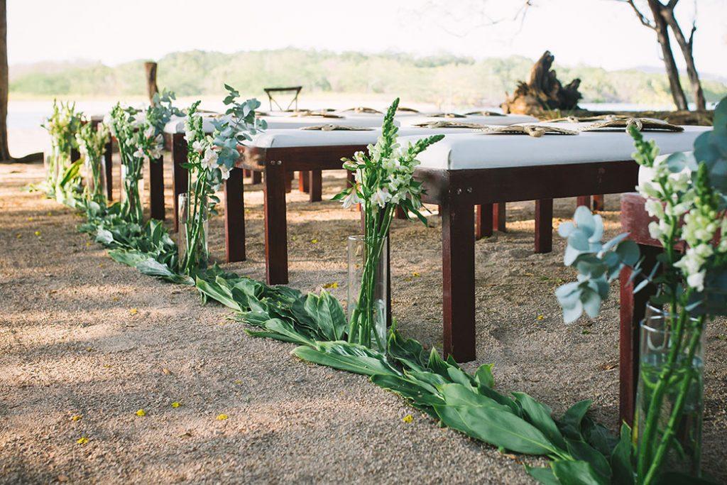 Centerpieces Costa Rica Wedding Photographer: Christina Craft / Planner Meghan Cox Mil Besos Costa Rica / Florist Colettes Flowers / Venue Pangas