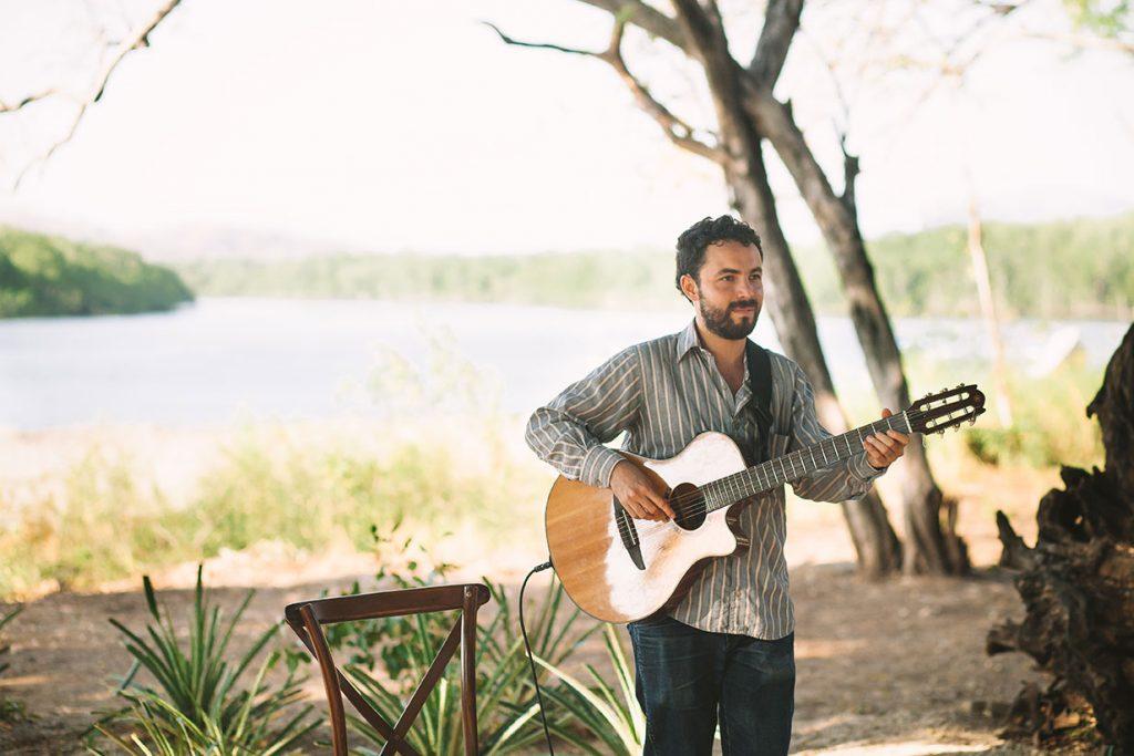 Guitarist Costa Rica Wedding