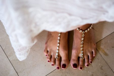 Foot Jewelry for your Destination Wedding Costa Rica Wedding Planner Meghan Cox Mil Besos, Photographer Madison Baltodano