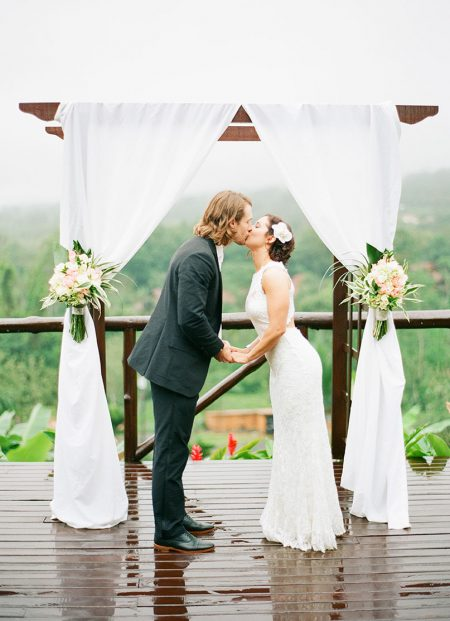 Wedding Ceremony La Fortuna Wedding Planner Meghan Cox Mil Besos, Photographer Lisa Blume Photography