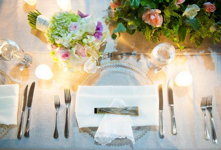 Place Setting La Fortuna Wedding Planner Meghan Cox Mil Besos, Photographer Lisa Blume Photography