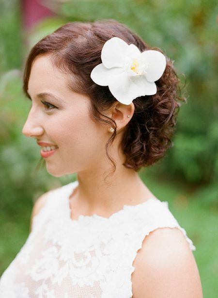Phalaenopsis Orchid Hair La Fortuna Wedding Planner Meghan Cox Mil Besos, Photographer Lisa Blume Photography