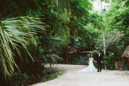Carla & Jacob Cala Luna Playa Langosta Destination Costa Rica Wedding Planner Meghan Cox Mil Besos Photographer A Brit & A Blonde