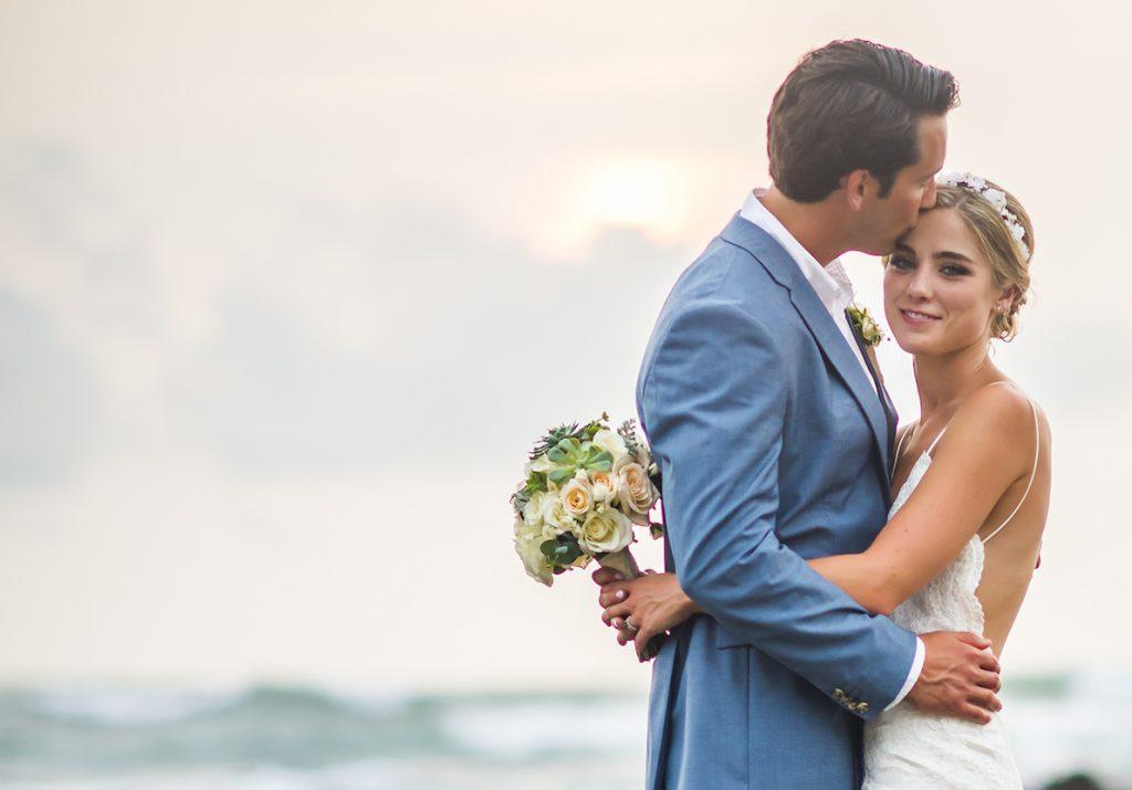 Bride & Groom Cala Luna Playa Langosta Wedding, Planner Meghan Cox Mil Besos, Photo Stories Photography