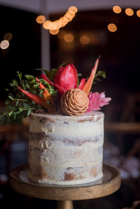 Wedding Cake Victoria Zoch Costa Rica Wedding Planner Meghan Cox Mil Besos Photographer Sylvia Guardia