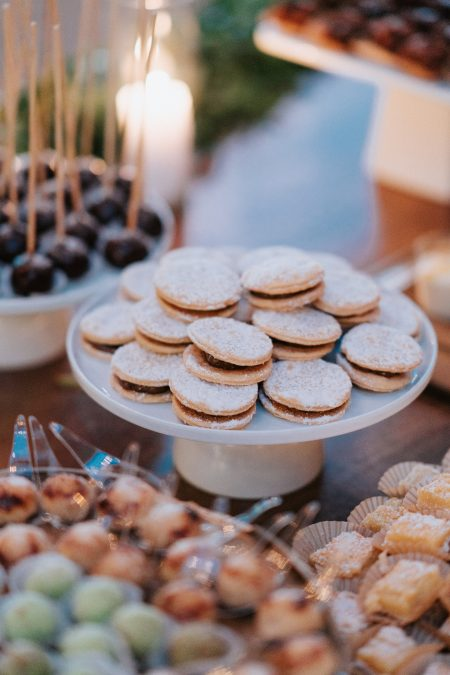 Dessert Bar, Costa Rica Wedding, Wedding Planner: Meghan Cox, Mil Besos, Photographer: Costa Vida