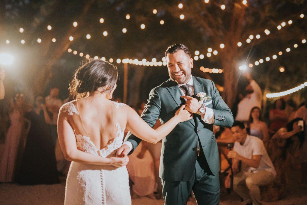 First-Dance-Mil-Besos-Tamarindo-Costa-Rica-Wedding first dance song ideas
