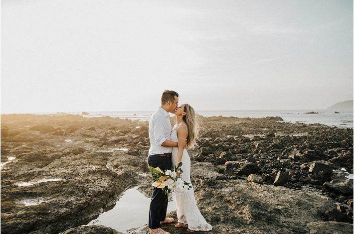 kiss me on the rocks love beach