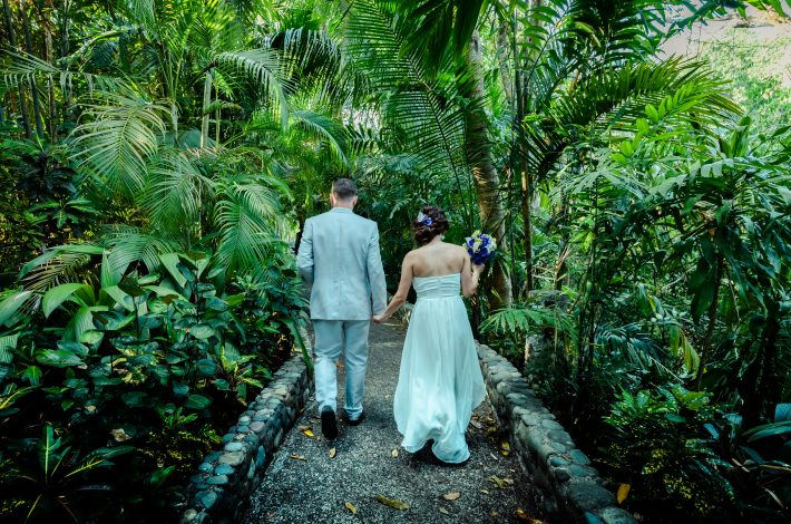 Elopement in Manuel Antonio