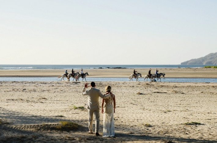 horses-on-the-beach- Playa Tamarindo Wedding