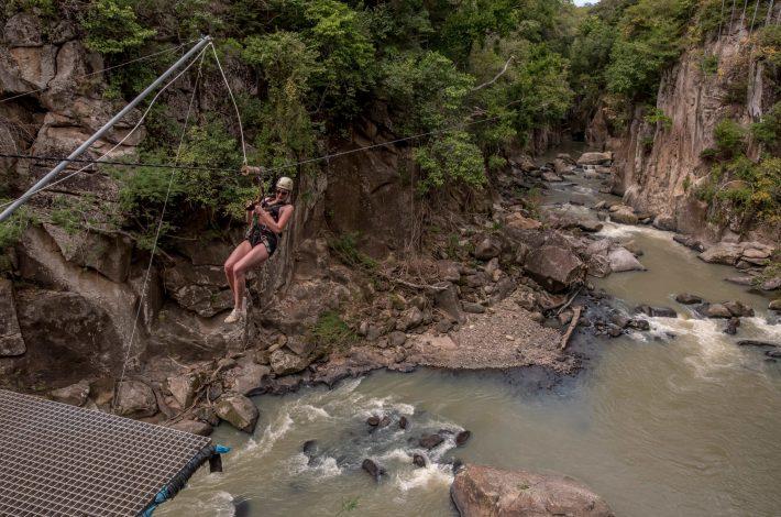 ziplining parks in costa rica