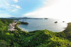 beautiful catalinas costa rica shoreline