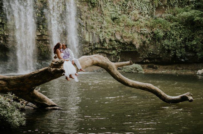 cascada-Llanos-del-Cortés-elopement-in-costa-rica