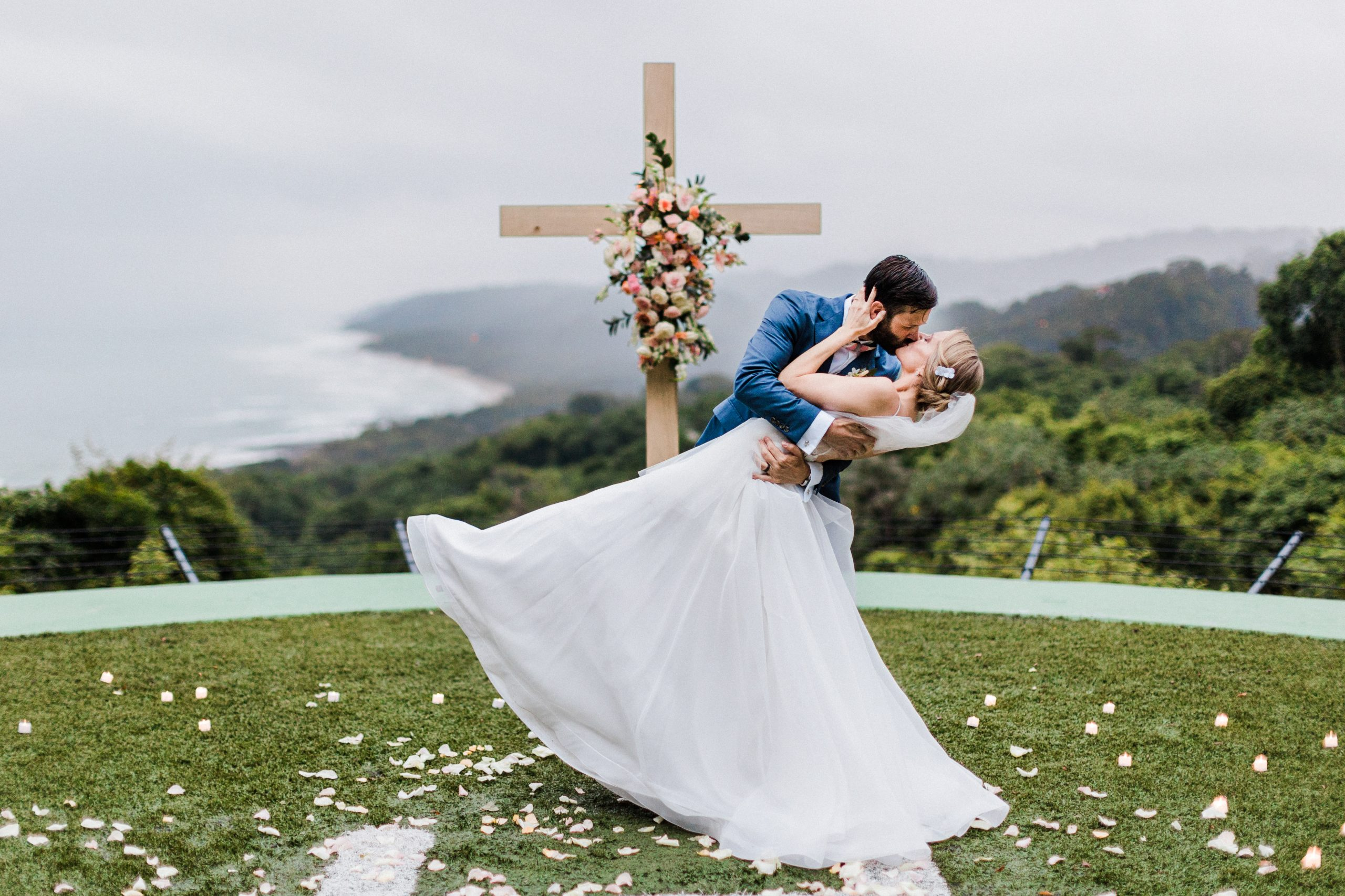 Helipad-Wedding-in-Casa-Cameleon-Costa-Rica